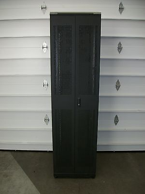 Quest Mfg 7Ft Enclosure 4-post Computer Server Rack w/Casters (ENC2263)