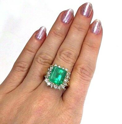 18K Yellow Gold 5.5CT Colombian Emerald and Diamond Halo Ring Size 6.75