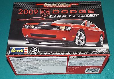 2009 Dodge Challenger Special Edition 1/25 Revell Complete & Unstarted