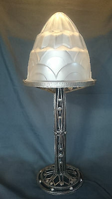 A RARE Highly Stylized French Art Deco Iron SIGNED DEGUE Glass Lamp 30s