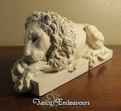 Rinaldi's Sleeping Lion Paperweight Bookend Door Stop The Chatsworth Collection