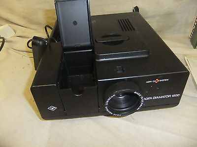 Slide projector AGFA Diamator 1500 with remote uses CS system
