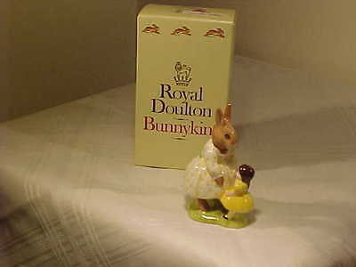 """Royal Doulton Dollie Bunnykins 1972 """"Playtime"""" DB 80 RARE COLOR WITH BOX, WADE"""