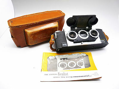 WHITE STEREO REALIST Model 1041 35mm Camera + Leather Case and Pamphlet     3076