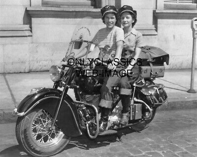 1947 Motor Maids Woman Motorcycle Club Photo Girl Rider On Indian Chief Cycle Mn
