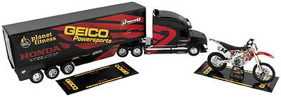 NewRay 1:32 Scale Rig Gift Set Kevin Windham