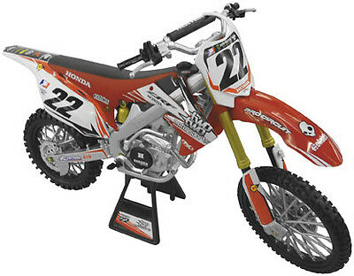 NewRay Die-Cast Racer Replica 1:12 Scale Dirtbike Two Two Motorsports Chad Reed