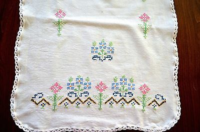 Vintage Table Runner Cross Stitch Embroidery Florals Hand Crochet Edging