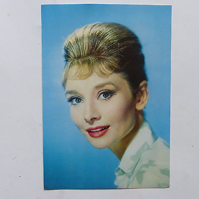 CPA Carte postale AUDREY HEPBURN Collection pub Carbone Kores 261