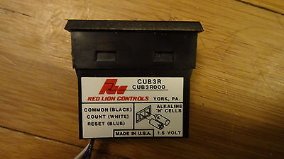 8 x Red Lion Controls CUB3R000 General purpose miniature electronic counter USED