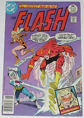 Flash #250 from June 1977 F- to F+ 1st Golden Glider (Lisa Snart)