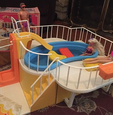 Barbie Dream Swimming Pool Vintage Good Shape W Some Acces & Box-models Not Incl