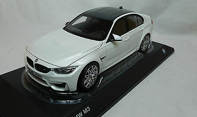 Modelcar Scale 1/18 BMW M3 Competition white metalic Norev NEW