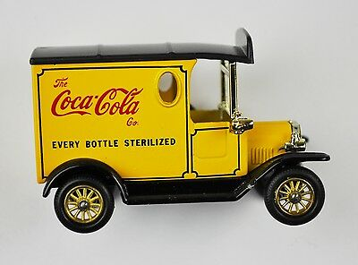 Coca-Cola Coke Modell-Auto Die-Cast Car Lledo Days Gone - Oldtimer gelb #6