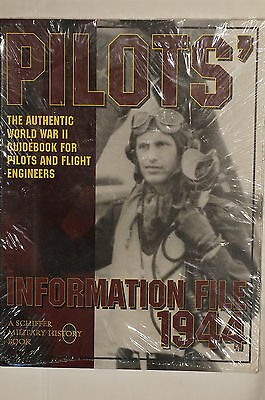 WW2 Pilots' Information File 1944 for Pilots & Flight Engineers Reference Book