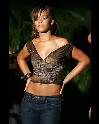 Rihanna 8X10 Photo Picture Pic Hot Sexy Candid 38