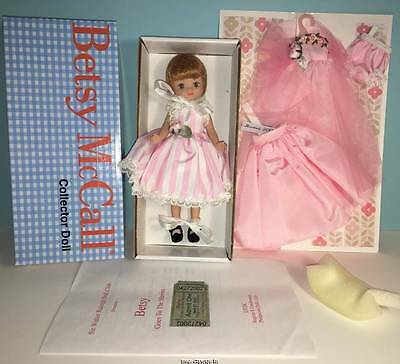 """2002 UFDC 8"""" Betsy McCall """"Betsy Goes To The Movies"""" LE 62/98 NRFB dressed doll+"""