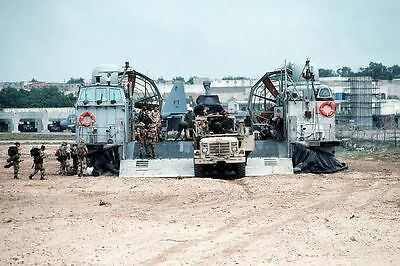 1993 MR Marine Truck Towing Howitzer Assault Craft Unit 5 ACU-5 LCAC 4x6 Photo
