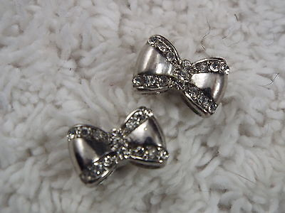 Silvertone Rhinestone Bow Pierced Earrings (C22)