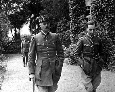1940-41 MR German Officers with Captured French General Giraud 8x10 Photo
