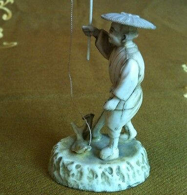 1 antike Figur: Angler China Figurine chinese pescatore antico pêcheur antique