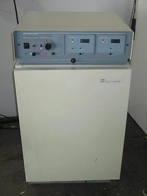 Thermo Forma Scientific Laboratory CO2 Water Jacketed Incubator Model 3154