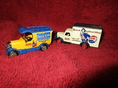 2 VINTAGE  Collection Die Cast Delivery Truck's Pepsi Cola 1950 BEDFORD 1926 BUL