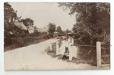 Wilts Bulford Water Street Real Photo Vintage Postcard 16.11