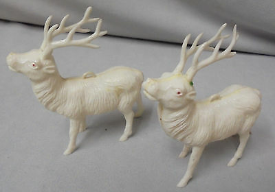 """Reindeer Christmas White Plastic, Both Not Marked, 3.25"""" Tall 3"""" Long Vintage"""