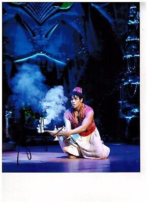 ADAM JACOBS--ALADDIN ON BROADWAY Signed Photo 8x10--#10  PROOF