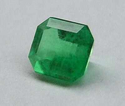 0.47Ct FINE APPLE GREEN NATURAL COLOMBIAN EMERALD! 5.13x4.41x2.88mm/1372/FR