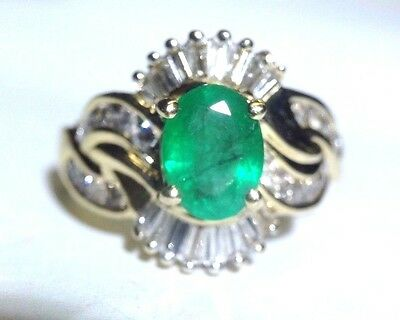 Stunning 1.80CT Emerald and  Diamond 14K Yellow Gold Cocktail Ring Size 6