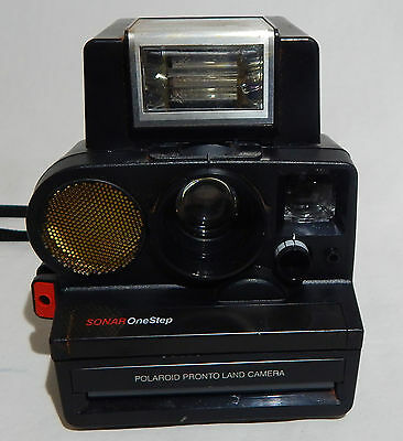 Sonar One Step Polaroid Pronto Land Camera With Itt Magic Flash Brown Bag Used
