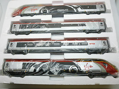 Hornby 00 Gauge Virgin trains 4 Car Pendilino in New Livery with Alstom randing