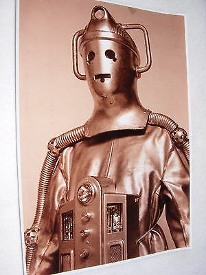 PUBLICITY DR WHO PHOTOGRAPH SEPIA CYBER MAN POSED IN COSTUME 11 x 8
