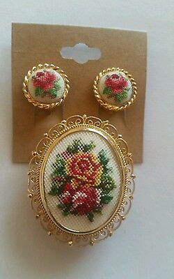 VINTAGE FLORAL ROSES NEEDLEPOINT TAPESTRY BROOCH PIN & Clip Earrings CUTE