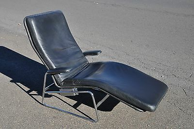 Mid Century Modern Style Leather Chaise Lounge