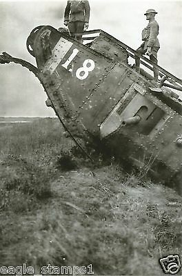 Allies  WW I Photo   **    Soldiers On Tank   **       #   501