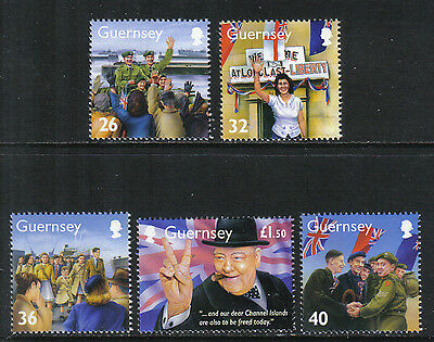 Guernsey 2005 World War II--Attractive Military History Topical (855-59) MNH