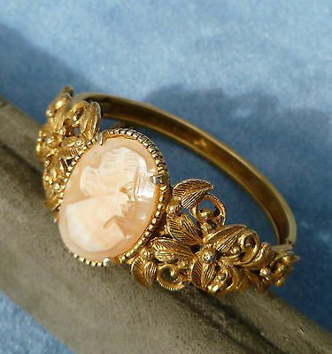 Real Carved Shell Cameo Bracelet Florenza Italy Vintage