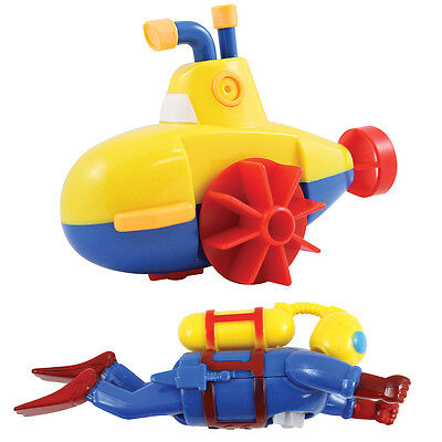 NEW Sealife Swimmers Scuba Diver And Submarine Wind-up Bathtub And Pool Toys Set