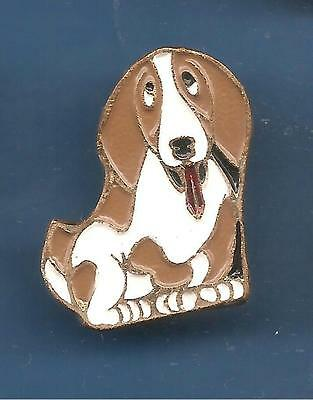 Pin's pin Chien LE BASSET (ref 019)