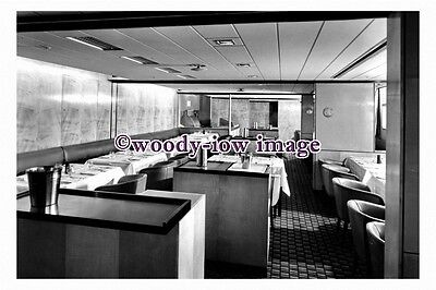 pu0953 - P&O Liner - Oriana , built 1960 - photo of Silver Grill 1st Class