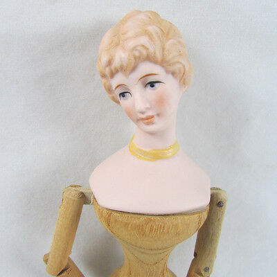 """9""""  Bisque Doll Pin Jointed Wood Paddle Hands Turned Head Vintage Retro Sewing"""