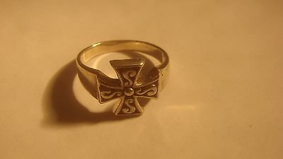 Vintage Sterling Silver Beautiful Celtic Cross Ring