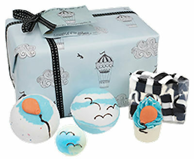 Bomb Cosmetics Come Fly With Me Gift Pack Idea Regalo Beauty Farm Space Ball