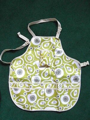 Gardening Apron - Apples and Pears Design -  Lots of Pockets - Wipe Clean New