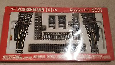 Fleischmann 6091 Track-Set HO Gauge Shunting Lanes With Uncouplers and Buffers
