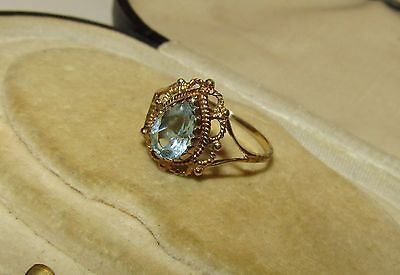 Fine, Victorian, 9 Ct Gold Ring With Natural Aquamarine Gem