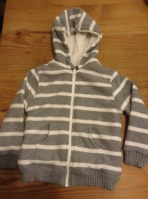 boys warm,cosy hooded zip up top age 4/5 years
